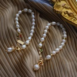 沉沉睡去~法式巴洛克天然珍珠复古ins金色铭牌祖母绿钻手链手镯女