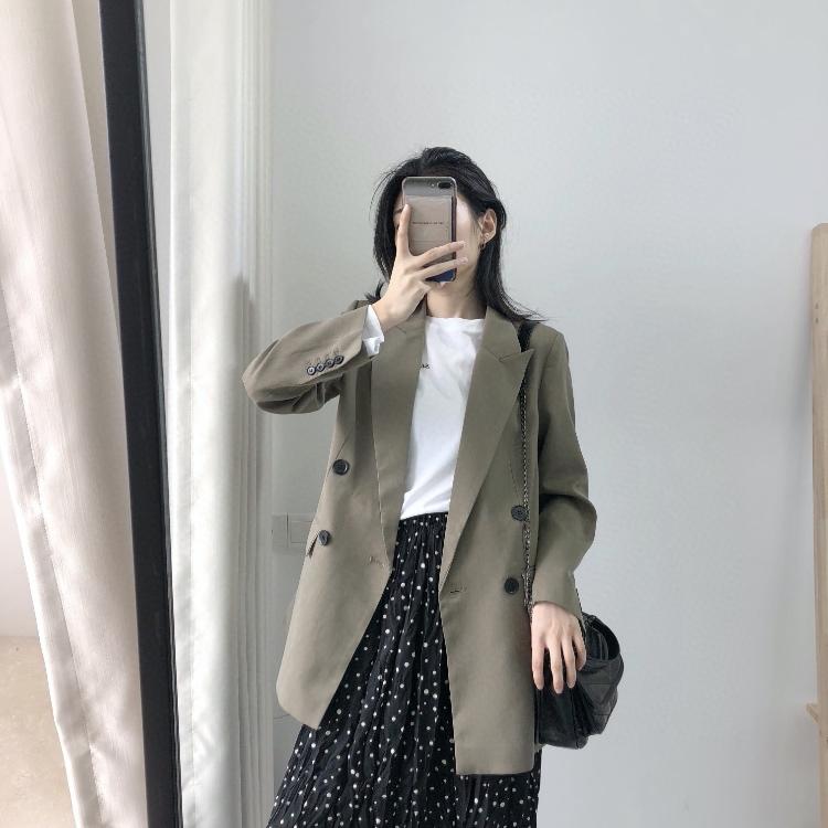 2020薄手の新春の中で、長めのスーツ女性のコートは韓国風です。通勤がゆったりしていて、痩せやすいので、小さいスーツによく似合います。