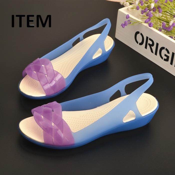 ITEM夏季新款坡跟妈妈凉鞋女果冻鞋沙滩洞洞鞋嘴防滑水晶塑料凉鞋限1000张券
