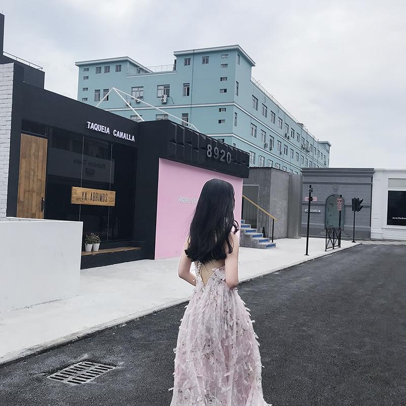 2018夏新款极简主义粉色超仙露背无袖连衣裙仙女长裙女chic吊带裙