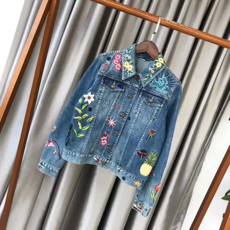 Export order must be paid in at the beginning of spring 2018. G familys new heavy embroidered cowboy coat female
