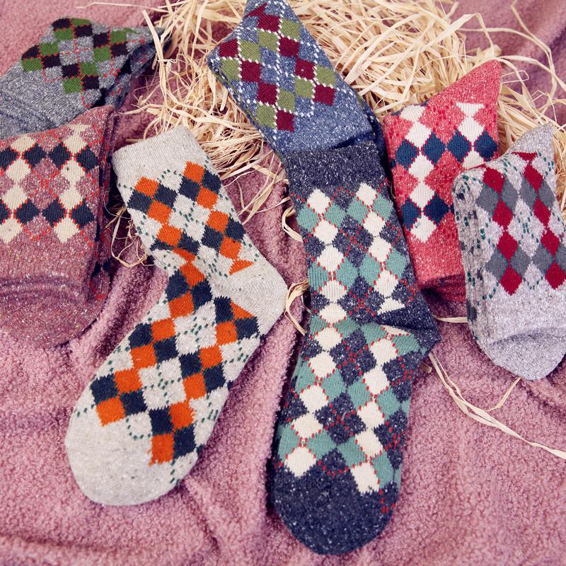 秋冬季中筒日系英伦风菱形格堆堆袜限10000张券