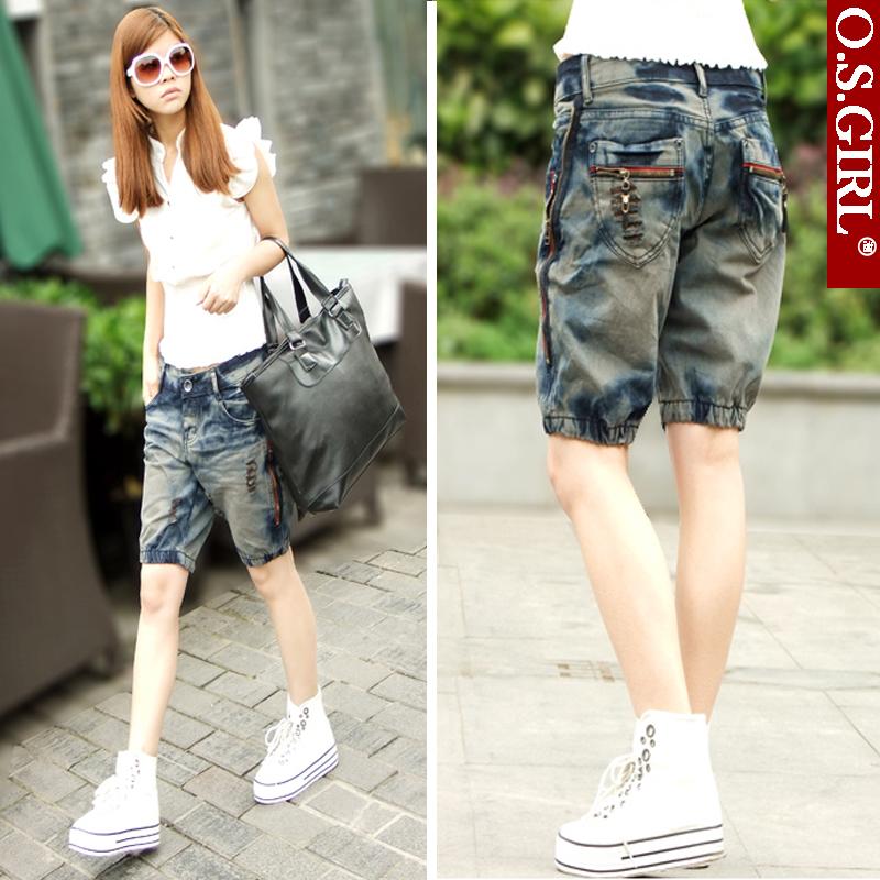 Quarter pants womens summer Korean retro denim shorts couples hole in pants show thin hot pants slim fit large size
