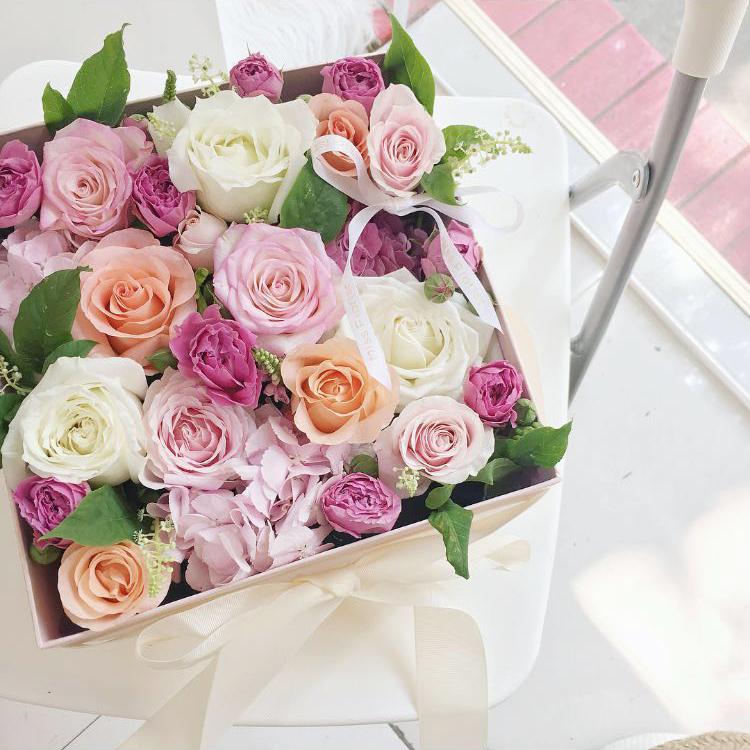 南京鲜花速韩式小清新玫瑰花盒方形礼盒七夕情人节礼物恋人新街口