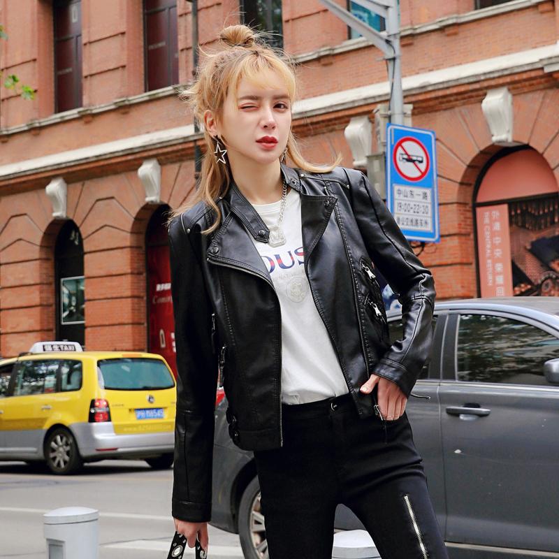 Autumn 2020 new Pu locomotive small leather jacket Women Short slim leather jacket fashion fashion versatile show thin leather coat
