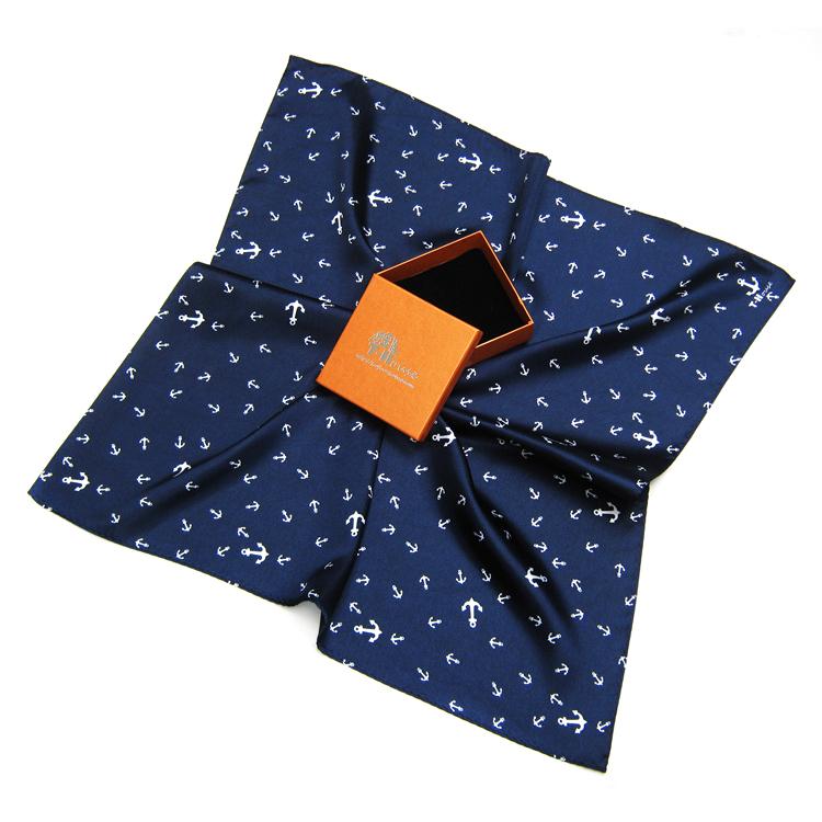 Весенний и осенний сезон. анкеры малый квадрат мужской шарфы маленький корейский шарф англия шарф NS9179 подарок