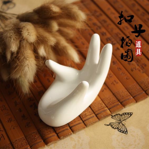 Керамика рука моделирование рука реквизит бисер браслеты браслет стрельба помощь фотографировать реквизит кнопка составление планов