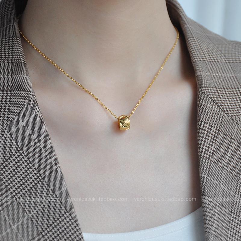 限时抢购18k金色菱格纹转运珠女短款毛衣链