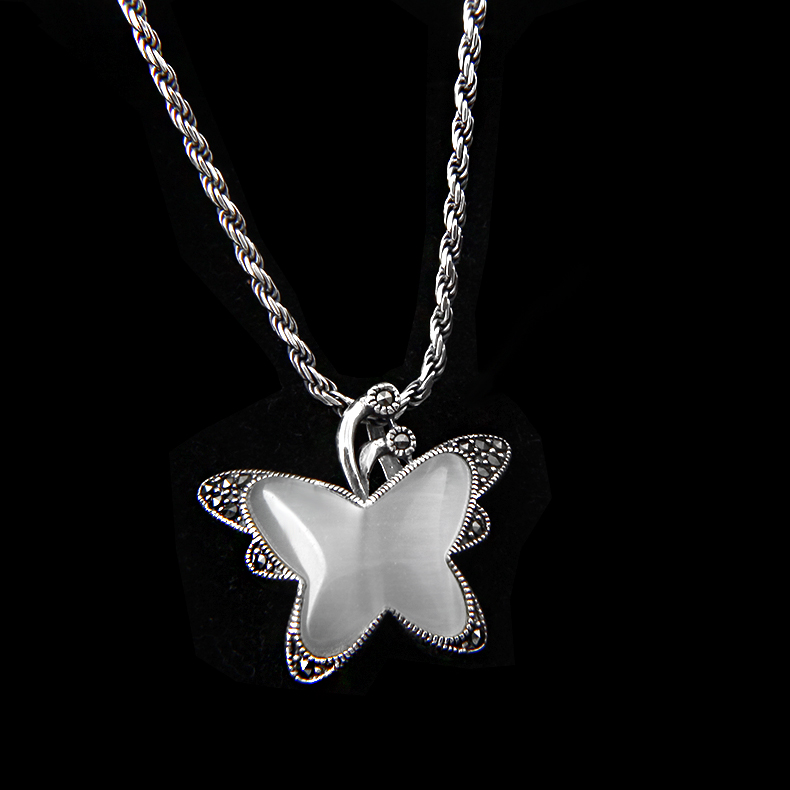 Pure silver pendant butterfly dream cats eye stone inlaid Necklace S925 genuine clavicle chain silver decoration Japanese and Korean style simple