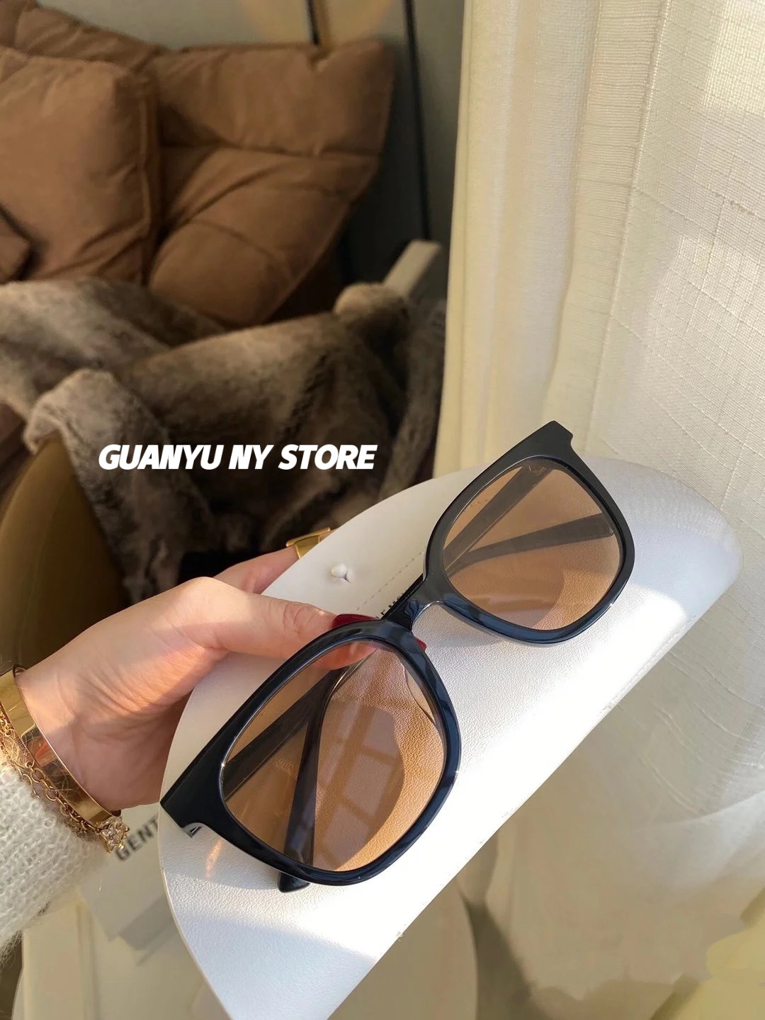 Package retro Brown Tom Sunglasses little red book the same tea brown square sunglasses for men and women