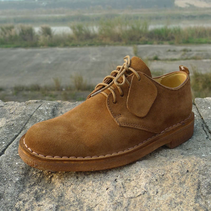 Autumn and winter new desert boots low top lace up leather shoes classic retro casual mens shoes British style Oxford Shoes