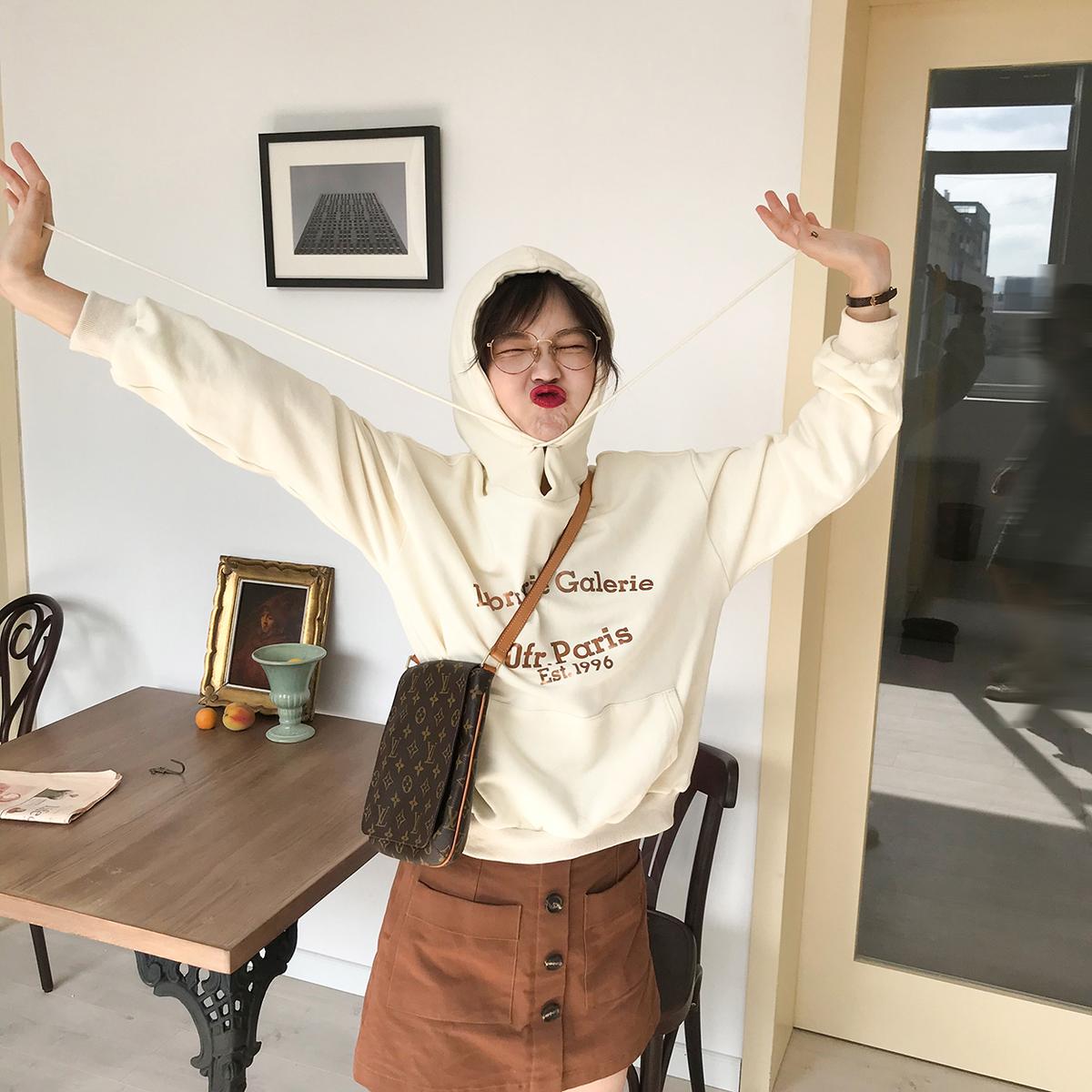 花栗鼠小姐 卫衣2018新款女长袖韩版宽松百搭字母白色套头上衣