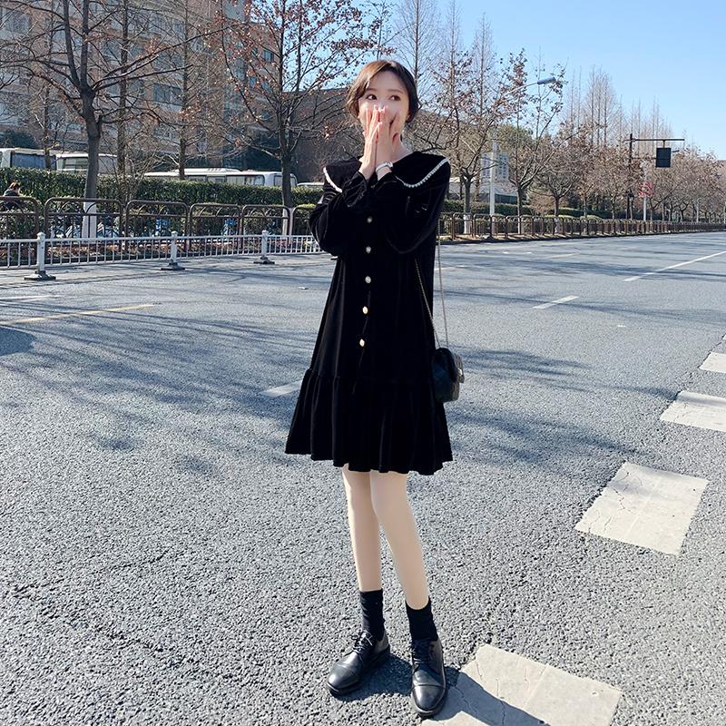 娃娃领小黑裙2021年新款韩版连衣裙