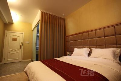 港威商务酒店温馨大床房 无窗