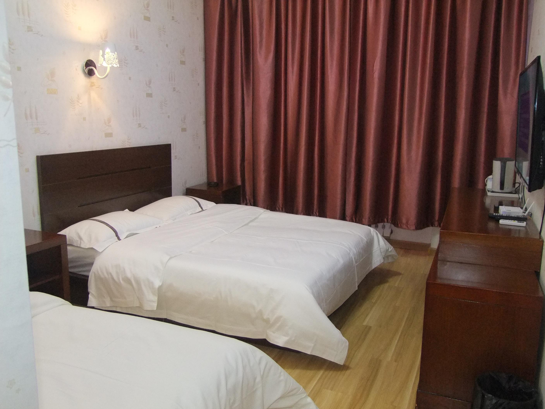 橙客酒店(张家口桥东区东安大街店)休闲家庭房