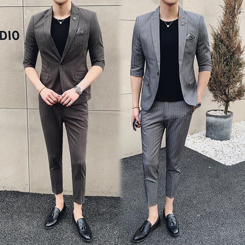 2019夏季男装新款夜店潮男韩版修身条纹中袖男士西服+九分裤套装