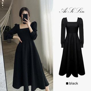 黑色赫本风连衣裙女装秋季2021新款高腰显瘦法式方领长袖小黑裙子