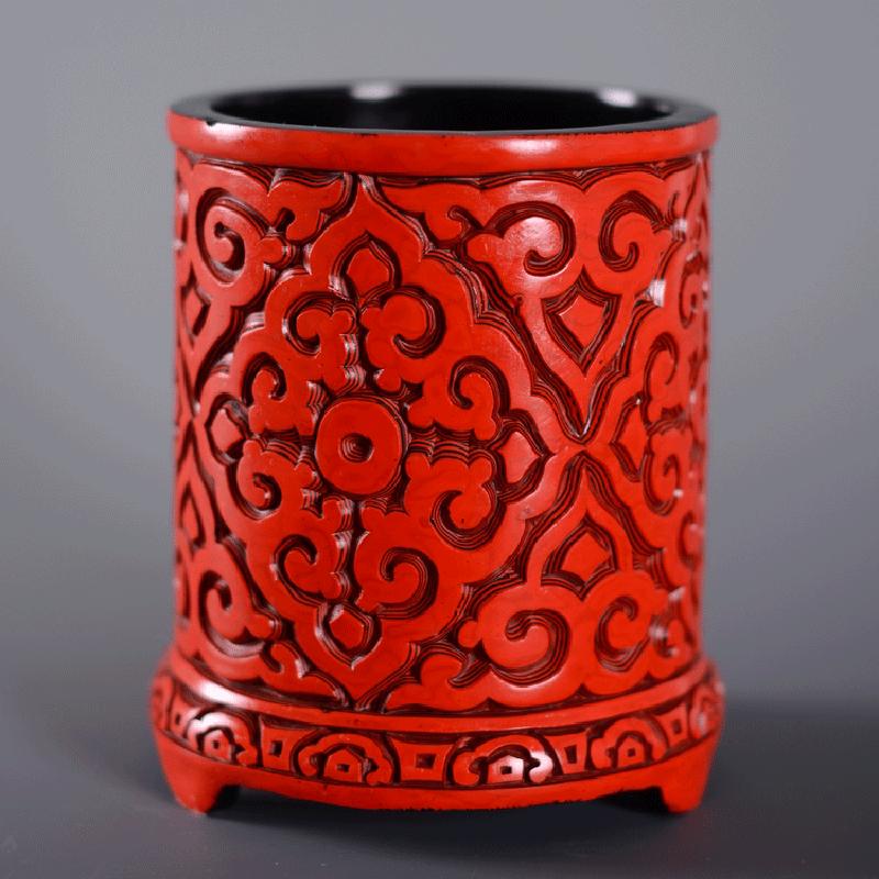 出国外事商务礼品中国北京特色漆雕手工艺品摆件老货剔红雕漆笔筒