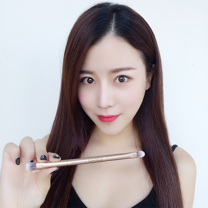 Autumn beauty shop UDNAKED2 double eye shadow makeup brush, concealer brush, high gloss brush, repair.