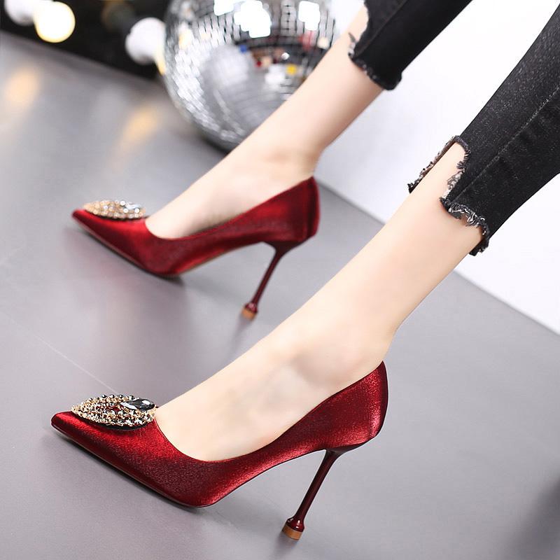 尖头高跟鞋细跟2020新款春季百搭性感水钻网红2019秋款单鞋女婚鞋