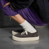 2021新款豹纹低帮帆布鞋女春小众真皮平底休闲板鞋ins潮玛速主义