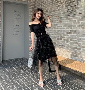 2019夏新款性感露肩一字领T桖+不规则亮片网纱半身裙两件套
