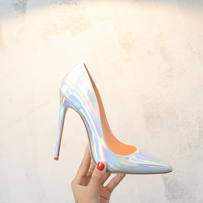 10 cm銀色の尖頭レーザーハイヒール12 cm超細いヒール浅口の女性靴のセクシーな宴会ウェディング靴のサイズ