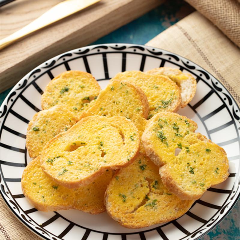 ニンニクの香ばしいパンの150グラム/袋が郵送する棒を包んでパンを切ります。