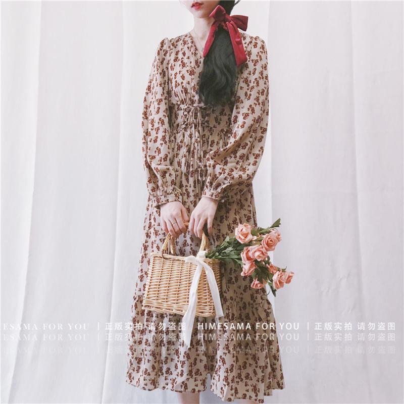 149.00元包邮Himesama 蔷薇花。自制 复古宫廷风碎花泡泡袖v领束腰打底连衣裙