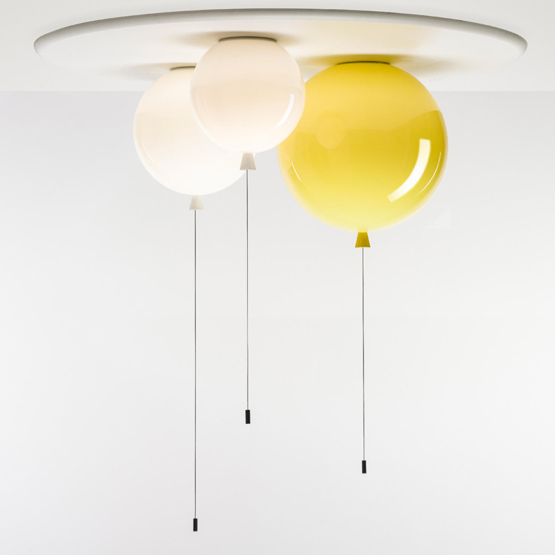 北欧の極簡単な子供の部屋はヘッドランプの客間レストランのアイデアの多色の風船を吸い込んで明かりのデザイナーの見本の部屋の明かりをつるします