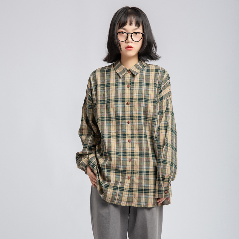 New coat in spring and autumn of 2019 Japanese retro neutral BF Plaid Shirt