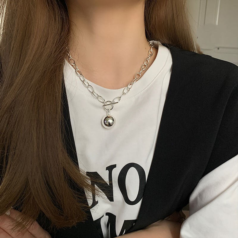 Korean version of simple round brand Necklace ins personality cool style clavicle chain creative ot buckle trendy neck chain