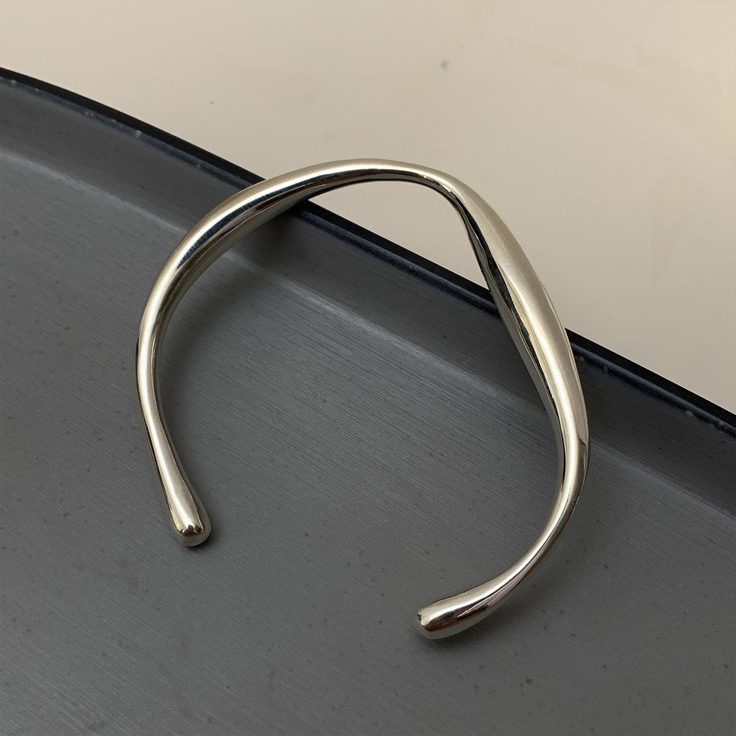 Tongti 925 Sterling Silver heavy industry irregular geometric opening Bracelet female ins minority design cool style simple new style