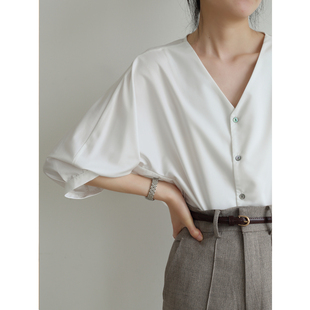 白衬衫 STUDIO 通勤职业V领七分灯笼袖 上衣夏季 女设计感小众