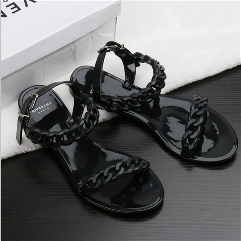 European and American 2019 new womens plastic chain beach shoes candy jelly chain flat bottomed open toe holiday sandals women