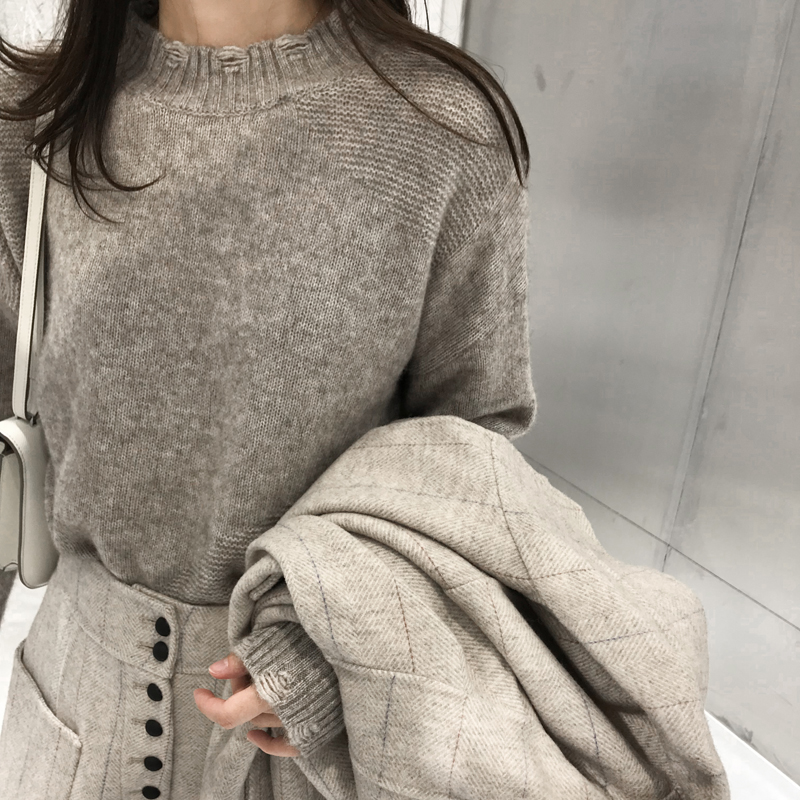 杨小妖2018新款高端牦牛绒羊毛慵懒风毛衣针织破洞打底杉女宽松