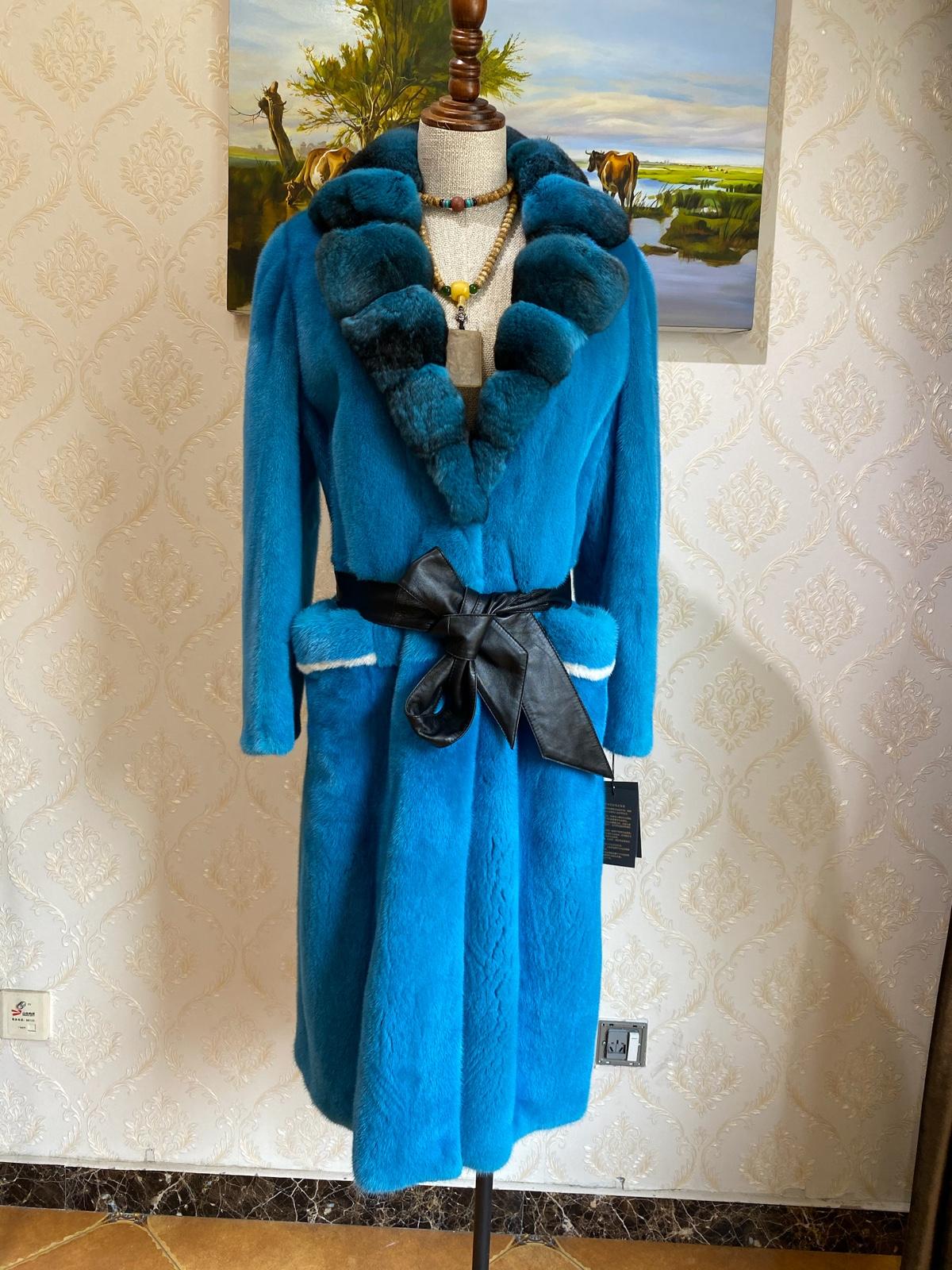 New imported chinchilla suit neckline Copenhagen purple velvet high end fur