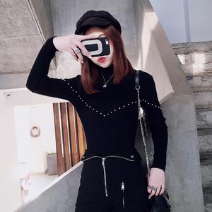 001模特实拍 套头条纹打底衫女冬针织衫修身钉珠上衣
