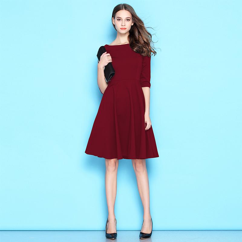 一字肩酒红色连衣裙2020春秋冬款气质赫本黑裙子法式红裙礼服中长