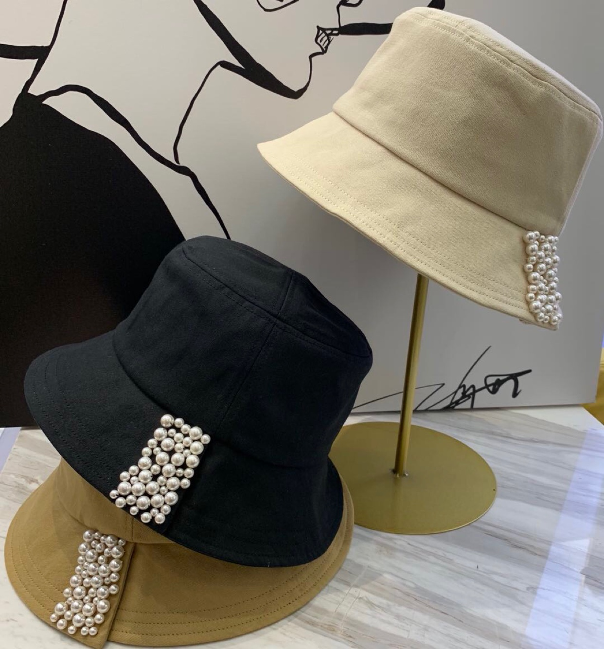 New Korean womens twill Korean Japanese black and white pearl fishermans hat