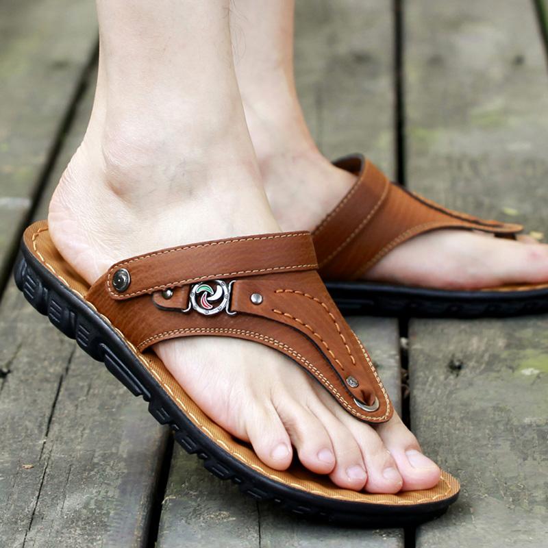 Summer mens sandals clip foot Korean fashion casual driving slippers mens dual purpose Beach Flip Flop anti slip Sandal