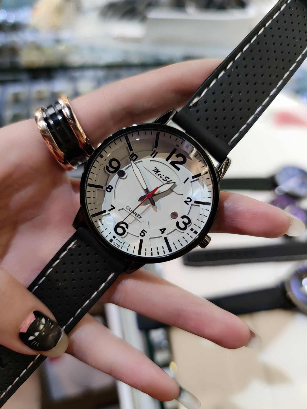 New fashion watch mens and womens personality digital rubber strap big Dial Watch test clear