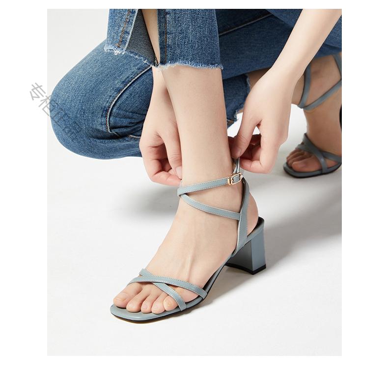 Zocine 20 summer new womens sandals thick heel high heel cross lace up straight button solid Roman shoes