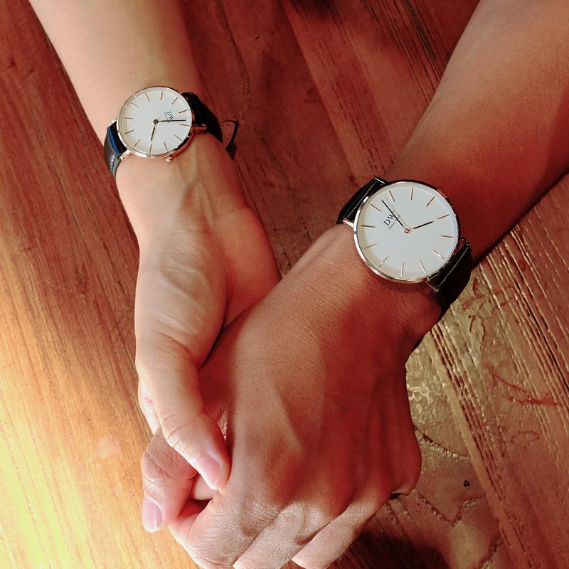 DW情侶防水歐美男腕表女款石英電子手表輕奢CK女士真皮黑色表帶