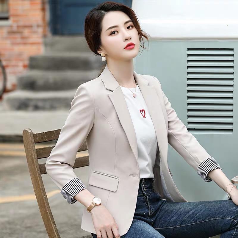 韩版小西装女2021春秋新款短款修身外套时尚显瘦九分袖洋气休闲装