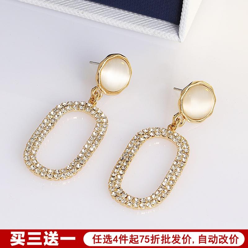 流行欧美简约精致冷淡风猫眼石耳钉纯银耳环韩国个性气质满钻耳饰图片