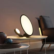 北欧简约轻奢装饰台灯后现代设计师客厅卧室床头网红艺术样板间