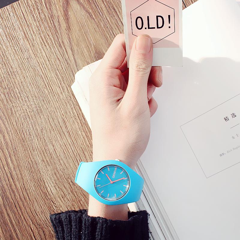 兒童手錶男女孩電子韓版時尚石英錶運動中小學生果凍防水夜光簡約