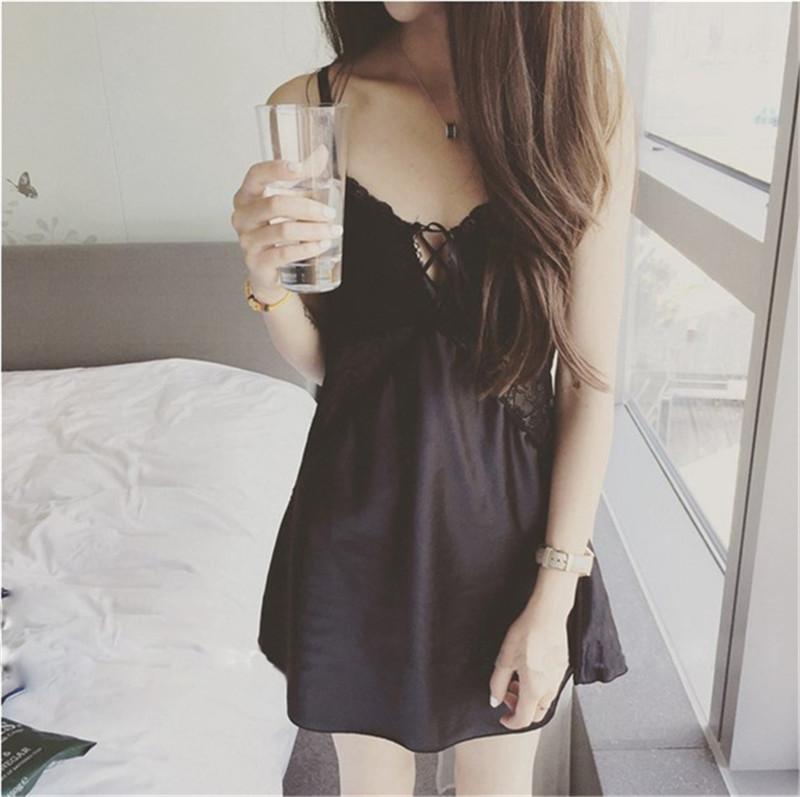 Korean version suspender pajamas female Xia Bingsi sexy sweet girl thin black lace fresh student V-neck Nightgown