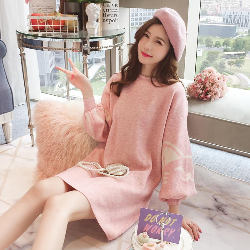 灯笼袖粉色毛衣连衣裙女中长款秋2018新款甜美可爱猫咪宽松针织裙